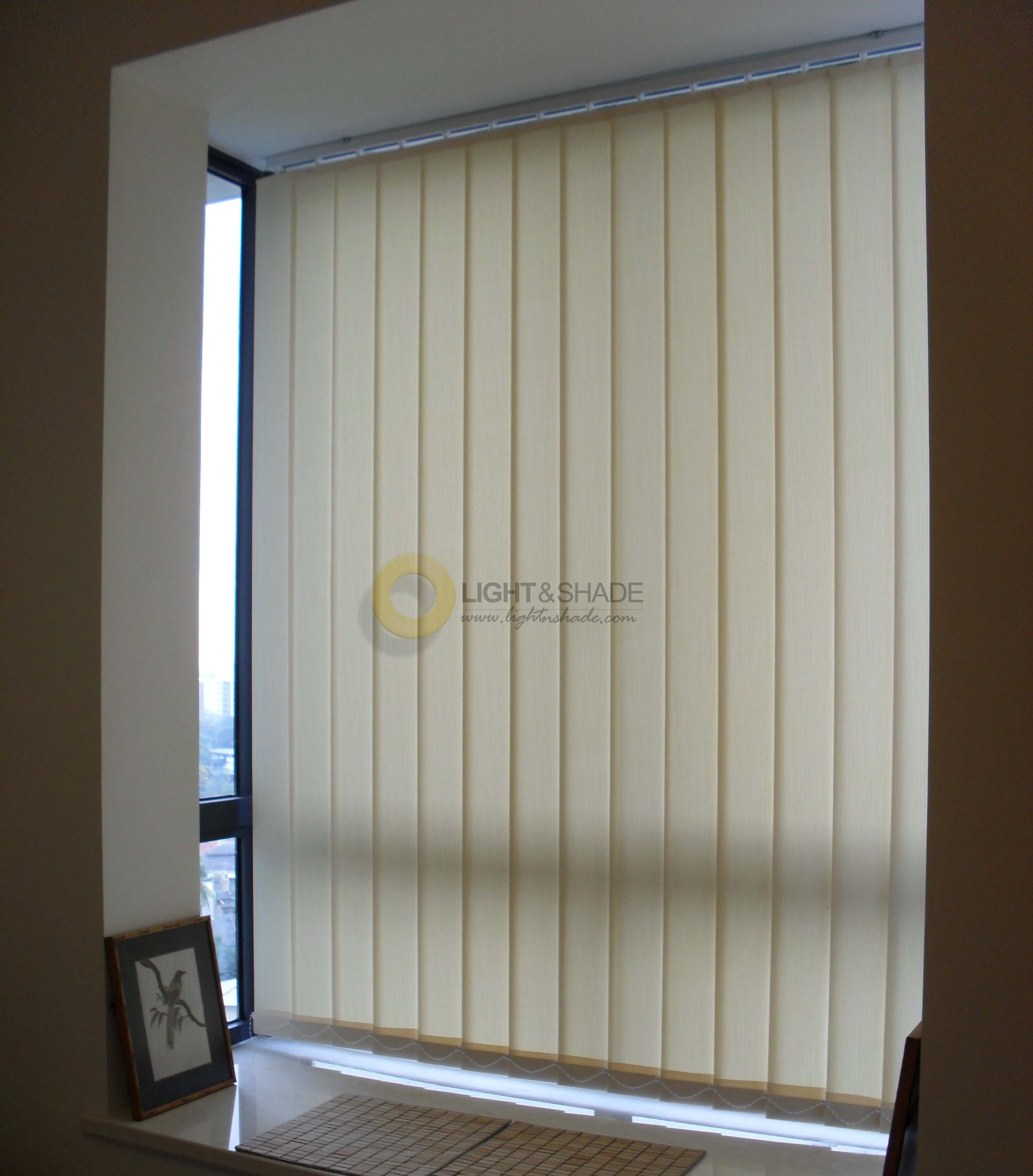 vertical blinds window blinds light shade sri lanka. Black Bedroom Furniture Sets. Home Design Ideas